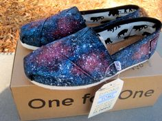 HAVE to get these for my daughter! She loves anything printed with galaxies and nebula!