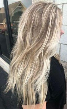 Blond Hair With Lowlights, Cool Blonde Balayage, Blonde Hair With Roots, Blonde Hair Care, Cool Blonde Hair, Honey Blonde Hair, Balayage Hair, Shades Of Blonde Hair, Dark Blonde