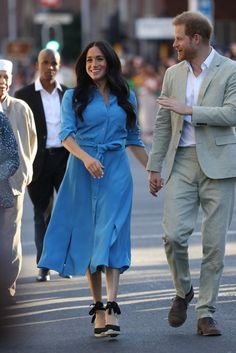 Prince Harry And Megan, Harry And Meghan, South Africa Tours, Meghan Markle Style, Africa Fashion, Celebrity Couples, Duke And Duchess, My Images, Shirt Dress