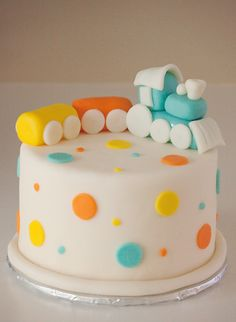 this would be an adorable first birthday cake. for @Mindy Burton Viapree Toooo stinkin cute!