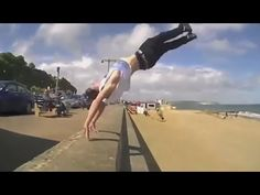BEST FUNNY PARKOUR FREE RUNNING FAIL COMPILATION 2014 | Funny Fail Win V...