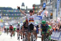 Andre Greipel takes stage 1 at the Tour of Britain