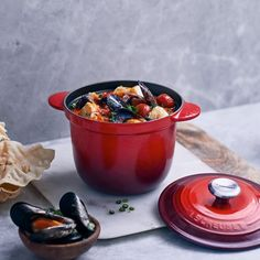 A flavoursome one-pot stew that is quick and easy to make. Serve with crusty baguette or ciabatta. Ciabatta, Le Creuset, Red Pepper Paste, Harissa, Recipe Email, Steamed Mussels, Fish Stew, Stuffed Shells, White Beans