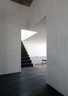 Image 20 of 29 from gallery of Housing at the Old City Wall Berlin / Sohrab Zafari. Photograph by Christian Dammert, Aviel Avdar Space Architecture, Architecture Details, Modern Interior Design, Interior And Exterior, Berlin Apartment, Space Interiors, Design Blogs, Interior Inspiration, Interior Ideas