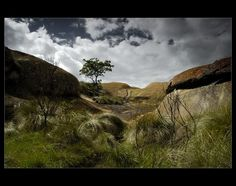 Domboshawa VIII - Between the Heaven and the Earth: Domboshawa Hill, Mashonaland East, Zimbabwe By: Michal Jerabek