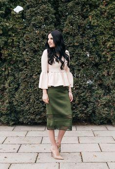rachel-parcell-midi-pencil-skirt - 4
