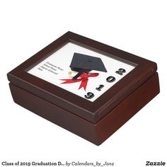 Class of 2020 Graduation Day by Janz Keepsake Box - college graduation gift idea cyo custom customize personalize special Graduation Balloons, College Graduation Gifts, Class Of 2019, Birthday Celebration, Birthday Gifts, Personalised Box, Family Holiday, Keepsake Boxes, Memorial Day
