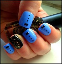 Mini bow tie nails