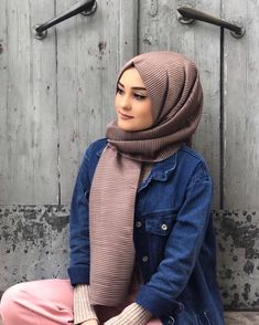 ALEYNA ATALAR Hijabi Girl, Girl Hijab, Hijab Outfit, Hijab Bride, Street Hijab Fashion, Muslim Fashion, Pashmina Hijab Tutorial, Cute Muslim Couples, Muslim Beauty