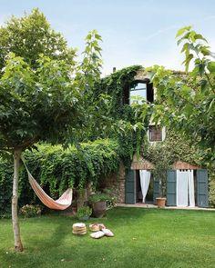 ✕ Summer living… / #provence #exterior #garden
