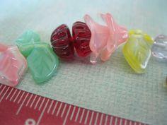 Beautiful vintage Czech glass bead by ollapodrida on Etsy, $12.00