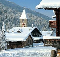The alpine village of Klosters in the Prättigau valley in Graubünden. The mountain village with its charming wooden houses has preserved its traditional character.