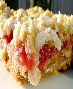 Le Petit Pierogi: Strawberry Rhubarb Crumb Bars, Low Carb GrainFree Strawberry Rhubarb Crumb Bars All Day I Dream About Food, Strawberry Rh. Rhubarb Desserts, Cookie Desserts, Just Desserts, Cookie Recipes, Delicious Desserts, Dessert Recipes, Bar Recipes, Recipies, Rhubarb Dishes