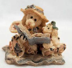 Boyd's Bears Resin #2251 Daphne & Eloise Women's Work