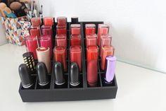 Comment organise mon rangement rouge à lèvres. Pichette & paillettes  www.uniqorganzier.com