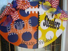 Football Door Hanger / House Divided via Etsy- I'd do Saints/Falcons :) Burlap Crafts, Wood Crafts, Diy And Crafts, Football Door Hangers, Door Hanger Template, Burlap Door Hangers, Outside Decorations, Deco Wreaths, House Divided