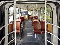 Légi járat - veterán Ikarus 280 (Malév) bemutató 70s Aesthetic, Busses, Commercial Vehicle, Cummins, Public Transport, Hungary, Budapest, Transportation, Berlin