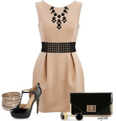 Neutral cream + black outfit