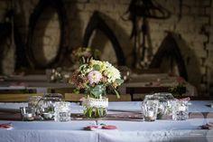 Výsledek obrázku pro svatební výzdoba stodoly