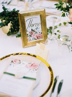 vintage wedding ideas - photo by Katie Grant Photography http://ruffledblog.com/elegant-australian-garden-wedding