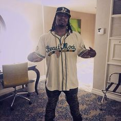 You might've spied this sweet custom jersey by @ebbetsvintage worn by @MoneyLynch, Marshawn Lynch, @ #maypac