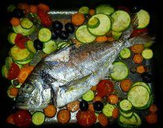Orata al forno con verdure Pickles, Cucumber, Oven, Pickle, Cauliflowers, Zucchini, Pickling
