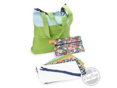 Double-Zip Wristlet – Free Tutorial | PatternPile.com - Hundreds of Patterns for Making Handbags, Totes, Purses, Backpacks, Clutches, and mo...