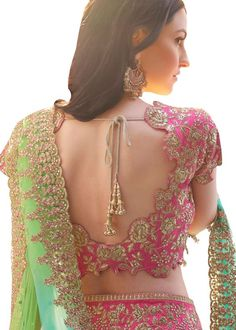 6 Indian Blouse Designs That Make For Perfect Bridal Inspiration For You, Straight Off The Runway Blouse Designs High Neck, Fancy Blouse Designs, Saree Blouse Patterns, Designer Blouse Patterns, Choli Designs, Lehenga Designs, Cut Work Blouse, Blouse Designs Catalogue, Blouse Models