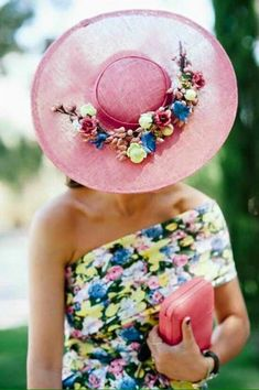 We love the pop of pink! Turbans, Tea Party Hats, Tea Parties, Fascinator Hats, Fascinators, Headpieces, Derby Day, Fancy Hats, Big Hats