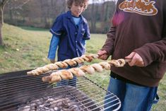 Bbq Grill, Barbecue, Grilling, Ribs, Kids Meals, Quiche, Breakfast Recipes, Side Dishes, Veggies