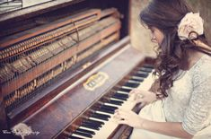 I didn't know whether to put this with the beautiful clothes or the lovely piano!