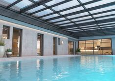 Renowned for its innovative approach and its elegant products, Salinox creates whatever is needed for a projects that involves aluminum and glass. Skylights, Pools, Innovation, Mansions, Crystals, House Styles, Glass, Outdoor Decor, Home Decor