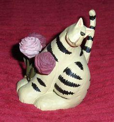 Vtg White Manx Cat Figurine Resin Bobtail Cat Kitten