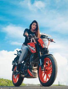 Ktm Duke, Celebrity Photography, Celebs, Celebrities, Motorcycle, Actresses, Vehicles, Tv, Girls