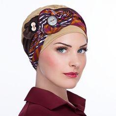 Bonnet Macaron bouton - bonnet ocre. Bandeau chocolat, ocre et prune.