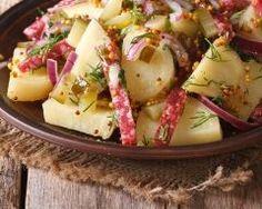 Salade de pommes de terre aux lardons et moutarde à l'ancienne