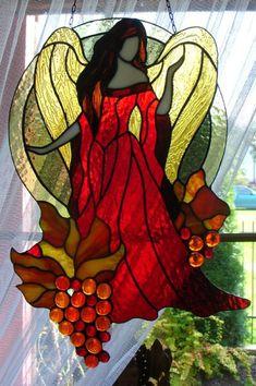 Cztery Pory Roku - ANIOŁ JESIENI Z WINOGRONAMI The Four Seasons - AUTUMN ANGEL with grapes