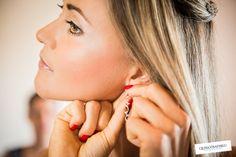 Accessori sposa..quali sono quelli che vi piacciono di più??  #qualcosadiblu #fotografiadimatrimonio #accessori #sposa