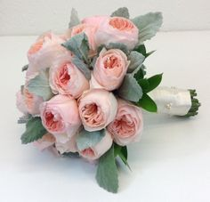 Peach David Austin roses. Who says you can only carry peony?  Are these not amazing?  My bride was thrilled!