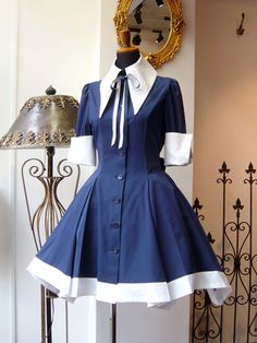 Looks like a sailor outfit Kawaii Fashion, Cute Fashion, Fashion Outfits, Vestidos Vintage, Vintage Dresses, Japanese Fashion, Korean Fashion, Anime Outfits, Cool Outfits