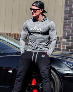 @strongliftwear FreeFlex Long Sleeve Tee- Hyper. It incorperates amazing material technology that is sweat absorbent, cooling and incredibly comfortable.