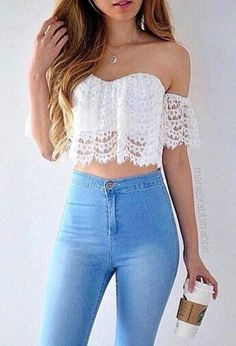 summer outfits White Lace Crop Top + Bleached Skinny Jeans