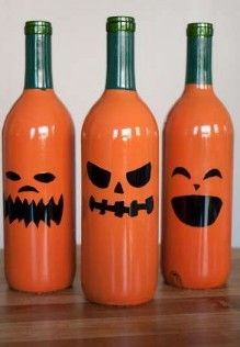 Easy How-to Wine Bottles made into Jack-O-Lanterns #Krylon #Craft #Halloween
