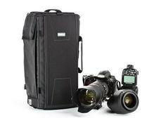 """Think tank Sling-O-Matic™ 10 Sling Camera Bag.  Thông số kỹ thuật:      ID: 8.25 """"W x 15.5"""" H x 5.5 """"D * (21 x 39 x 14 cm *)      ED: 9 """"W x 16.5"""" H x 6 """"D (23 x 42 x 15 cm)     Trọng lượng: 2,3-3,1 lbs (1,0-1,4 kg) --------------------------------------------------- Đang có hàng tại Balosaigon.com 475/2A CMT8. P13, Q10, TPHCM"""