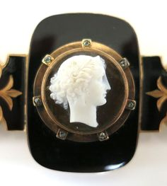 ⊙ Cameo Cupidity ⊙   English Victorian Cameo Brooch