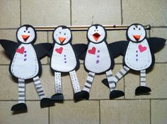 Cute Penguins ~ http://sunnydaysinsecondgrade.blogspot.com/2012/01/whats-up-in-january.html