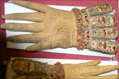 This is a pair of King Charles I's ornately embroidered gloves