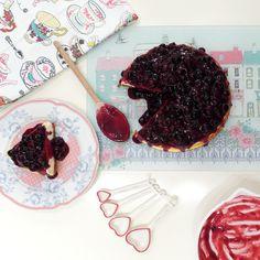 Ashley Thomas Design: Baked Blueberry Cheesecake