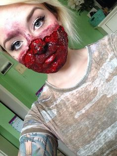 Face rip, inspired my Mykie from Glam and gore