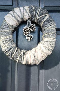WARM WINTER SWEATER WREATH-A beautiful winter wreath that anyone can make-